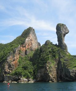 View of Chicken Island rock during Krabi 4 Islands Tour