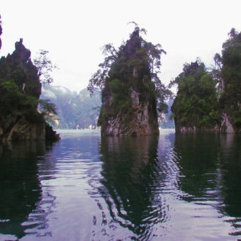 Khao Sok Lake Tour 2 Days 1 Night Cheow Lan Lake day Sightseeing