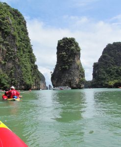 james bond island speed boat