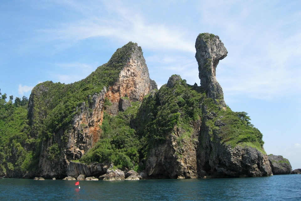 Phi Phi Islands Krabi James Bond Islands 2 Days 1 Night